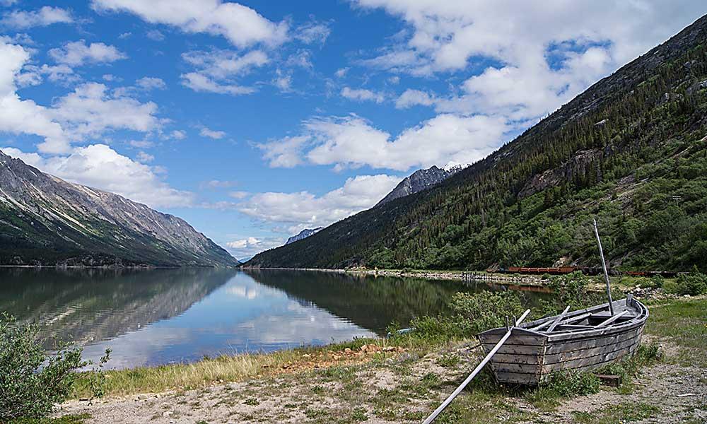 Bennett Lake Scenic Journey