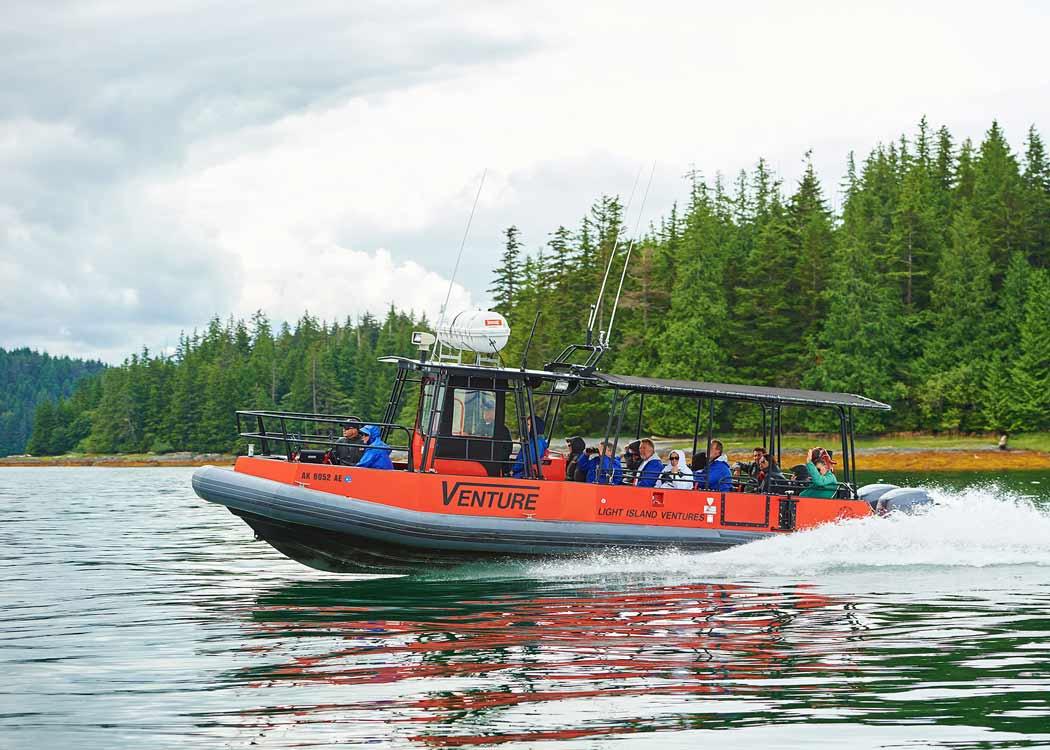 Alaska Lodge Adventure & Seafeast with Alaska Shore Tours