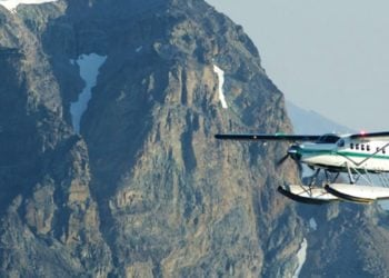 Taku Lodge Feast and 5 Glacier Discovery with Alaska Shore Tours