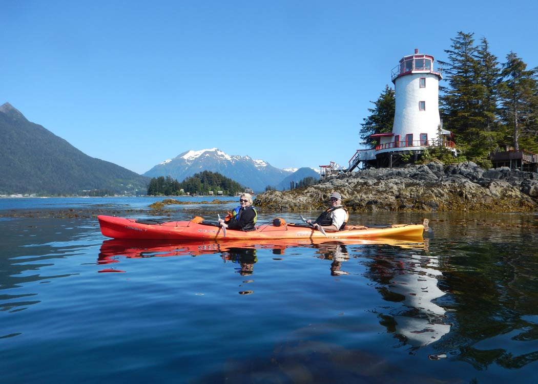 Sitka Sound Paddle and Cruise with Alaska Shore Tours